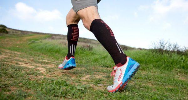 Injinji Ultra Compression OTC Toe Socks (Black) - Lifestyle