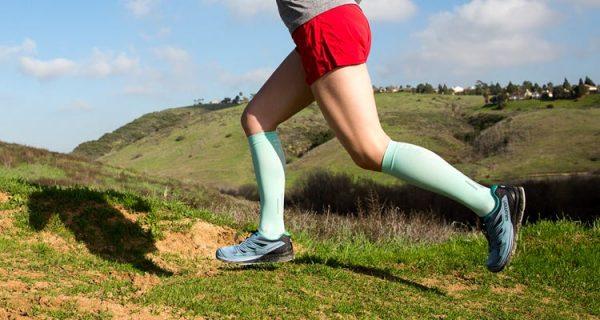 Injinji Womens Ultra Compression OTC Toe Socks (Jade) - Lifestyle