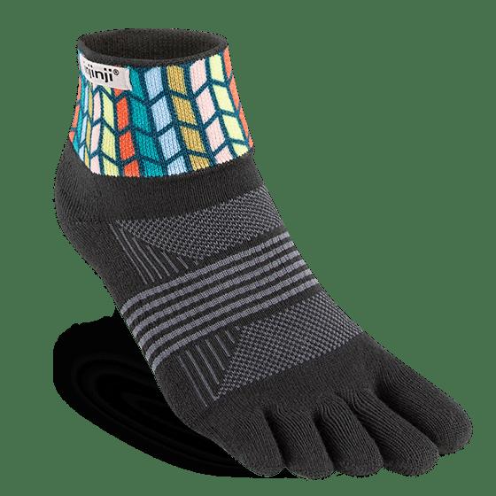 Injinji Womens Trail Midweight Mini-Crew Running Toe Socks (Chevron)