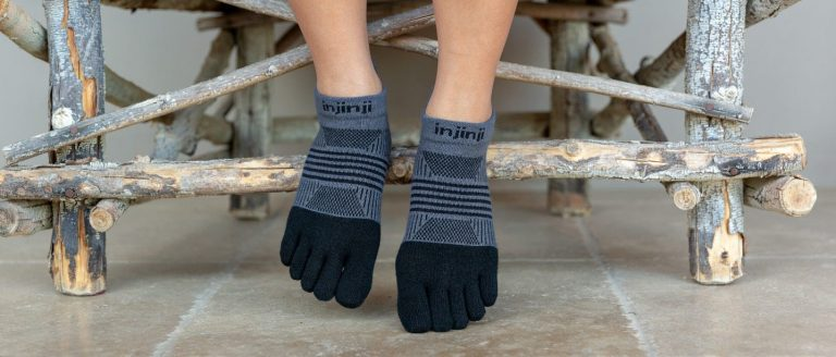 Injinji Black Toe Socks