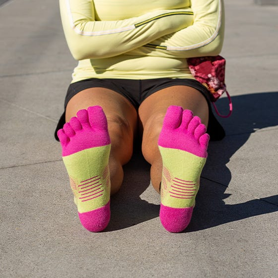 Injinji Womens Ultra Run Mini Crew Toe Running Socks (Melon) - Lifestyle