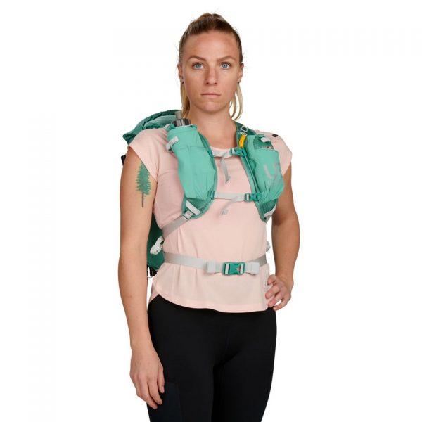 Ultimate Direction FASTPACKHER 20 - 20L Running Backpack for Women - Emerald - Model Front