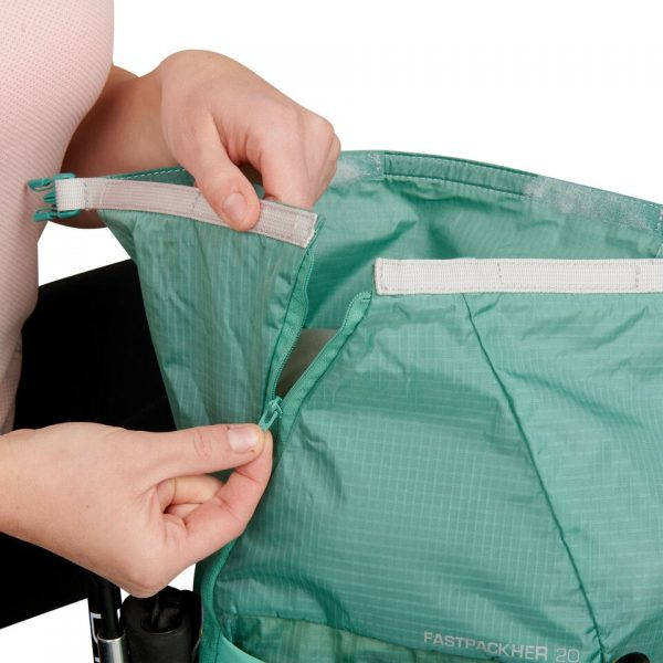 Ultimate Direction FASTPACKHER 20 - 20L Running Backpack for Women - Emerald - Top
