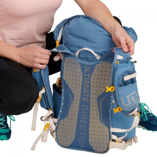 Ultimate Direction FASTPACKHER 30 - 30L Running Backpack for Women - Fog - Back Support