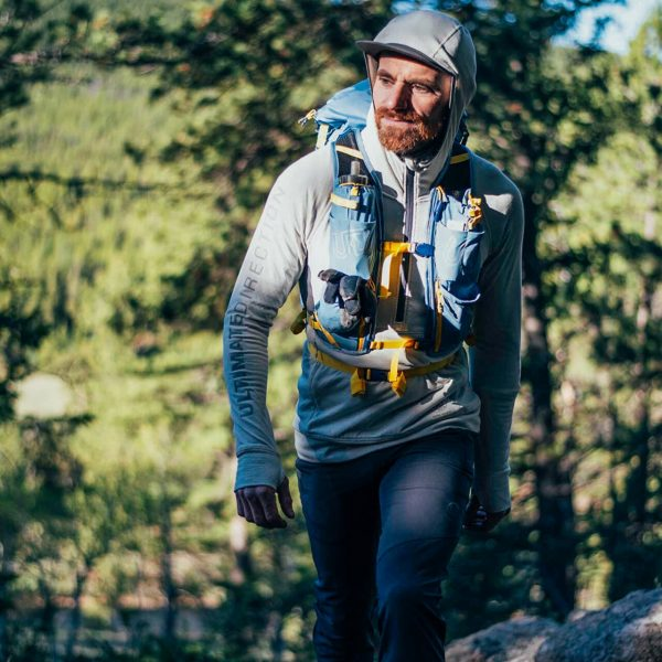 Ultimate Direction FASTPACK 30 - 30L Running Backpack - Fog - Photoshoot 1